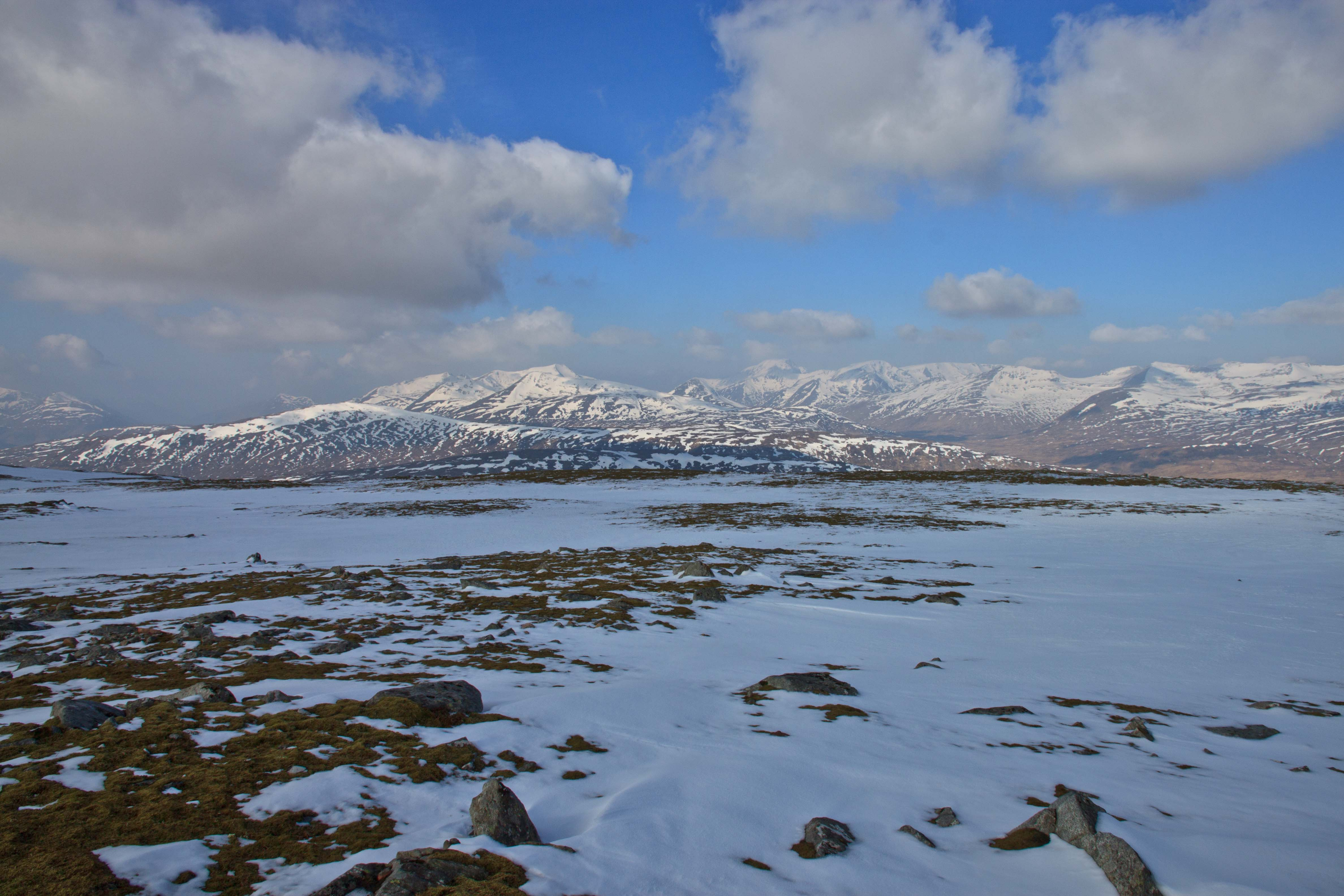 View west from summit Leum Uilleim towards the Mamores, Ben Nevis, Aonoach Mor and the Grey Corries. March 2015.